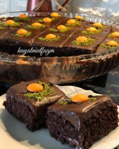 Çikolata Soslu Borcam Pastası