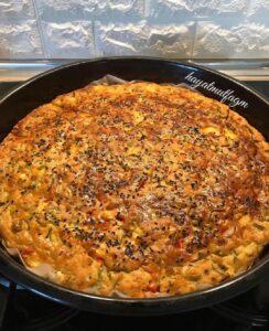 Pırasalı Patatesli Sebzeli Çörek